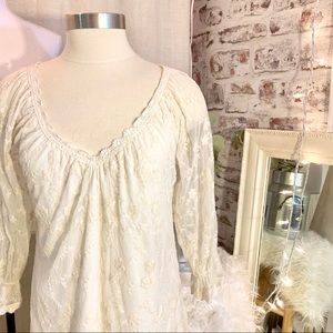 V CRISTINA Lace Sheer Sleeve Boho Blouse Small